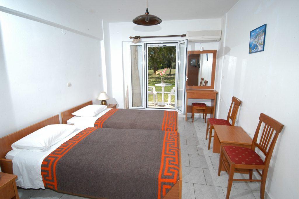 Garden/economy rooms